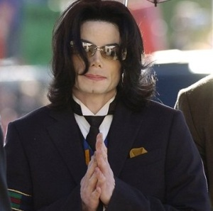 michael_jackson_died(2)
