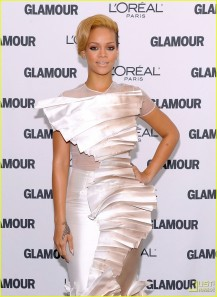 rihanna-glamour-women-of-the-year-awards-12